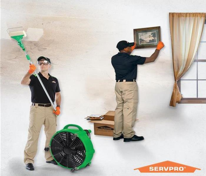 SERVPRO technicians cleaning fire damage